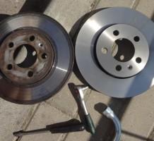 Процедура замены тормозных дисков – шаг за шагом