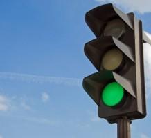 Какой штраф предусмотрен за пересечение стоп-линии перед светофором?